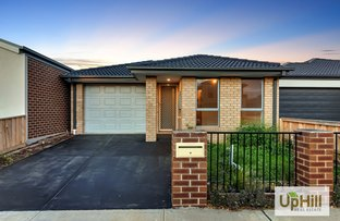 Picture of 22 MAYWOOD STREET, Pakenham VIC 3810