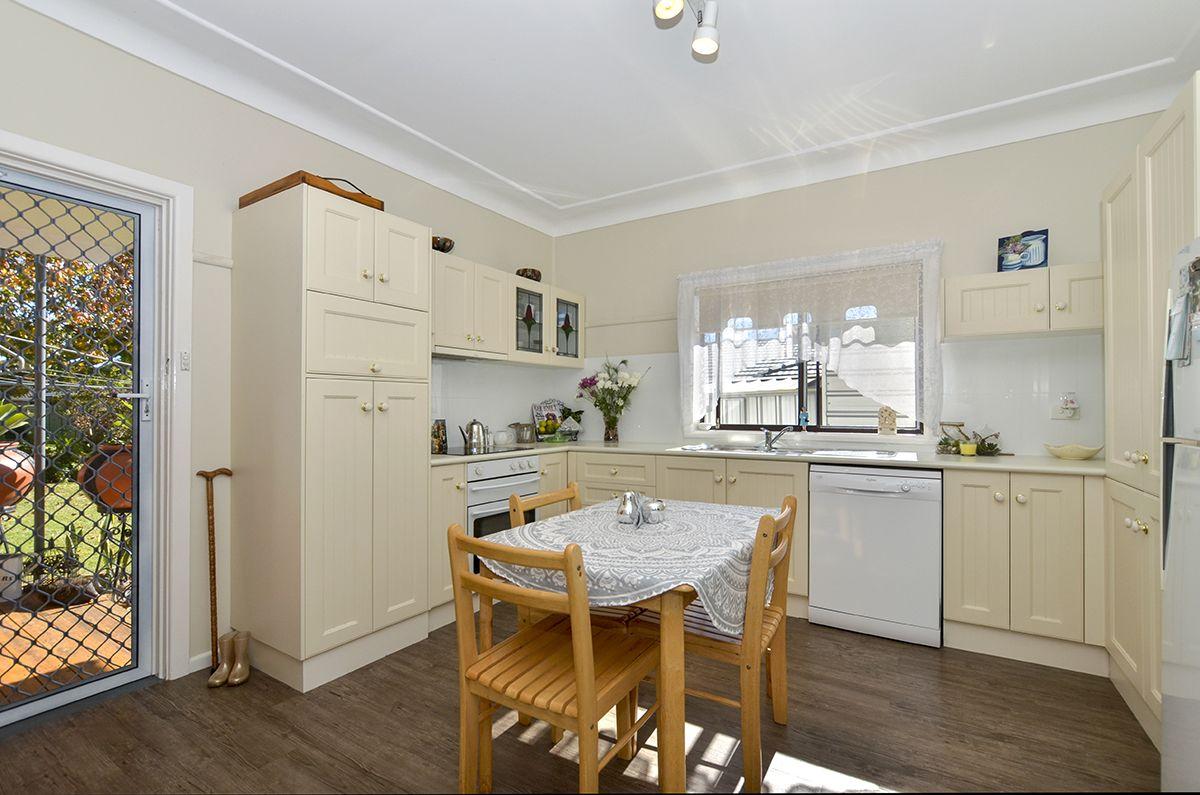 37 Edward Street, Woy Woy NSW 2256, Image 2