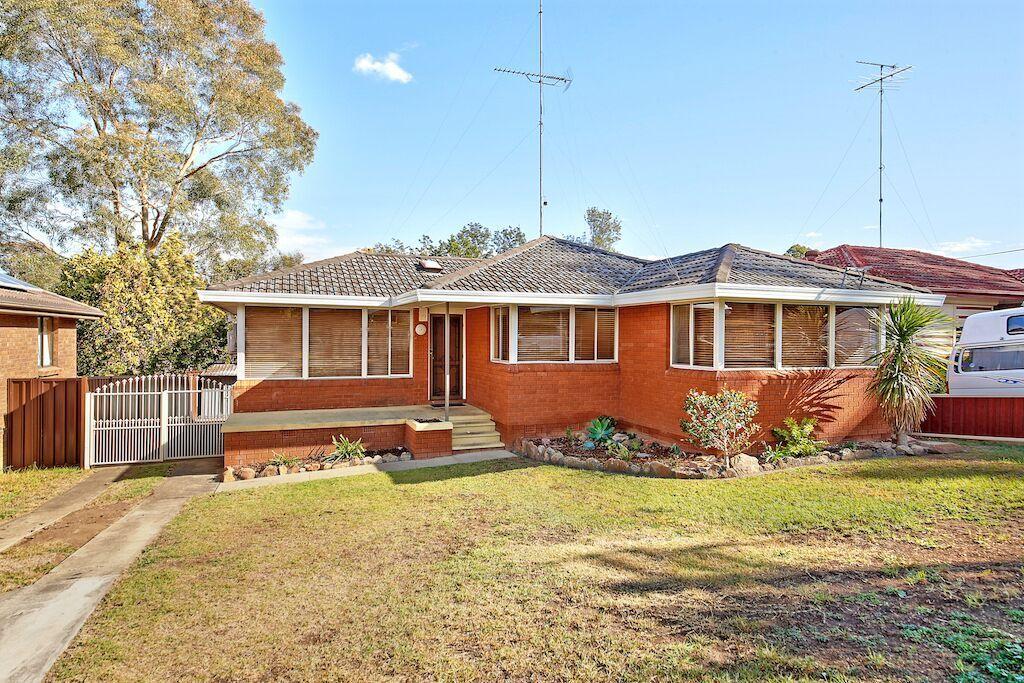 18 Engesta Avenue, Camden NSW 2570, Image 0