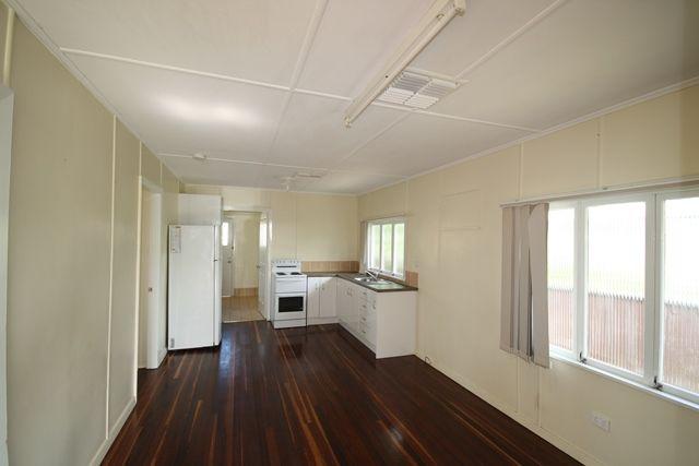 1/10 Lark Street, Longreach QLD 4730, Image 1