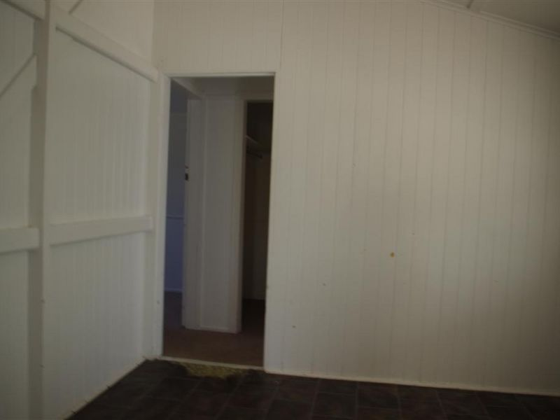 11 Leichhardt Street, Bowen QLD 4805, Image 1