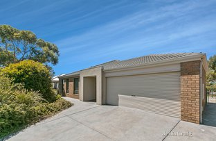 13 Sullivan Court, Romsey VIC 3434