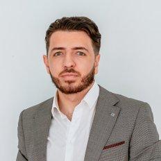 Jamie Bertolin, Sales representative