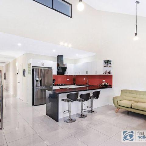 8 Fulton Avenue, Wentworthville NSW 2145, Image 2