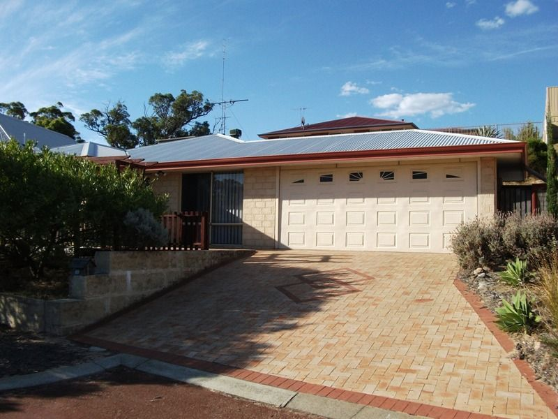 4 Sloan Court, Withers WA 6230, Image 0