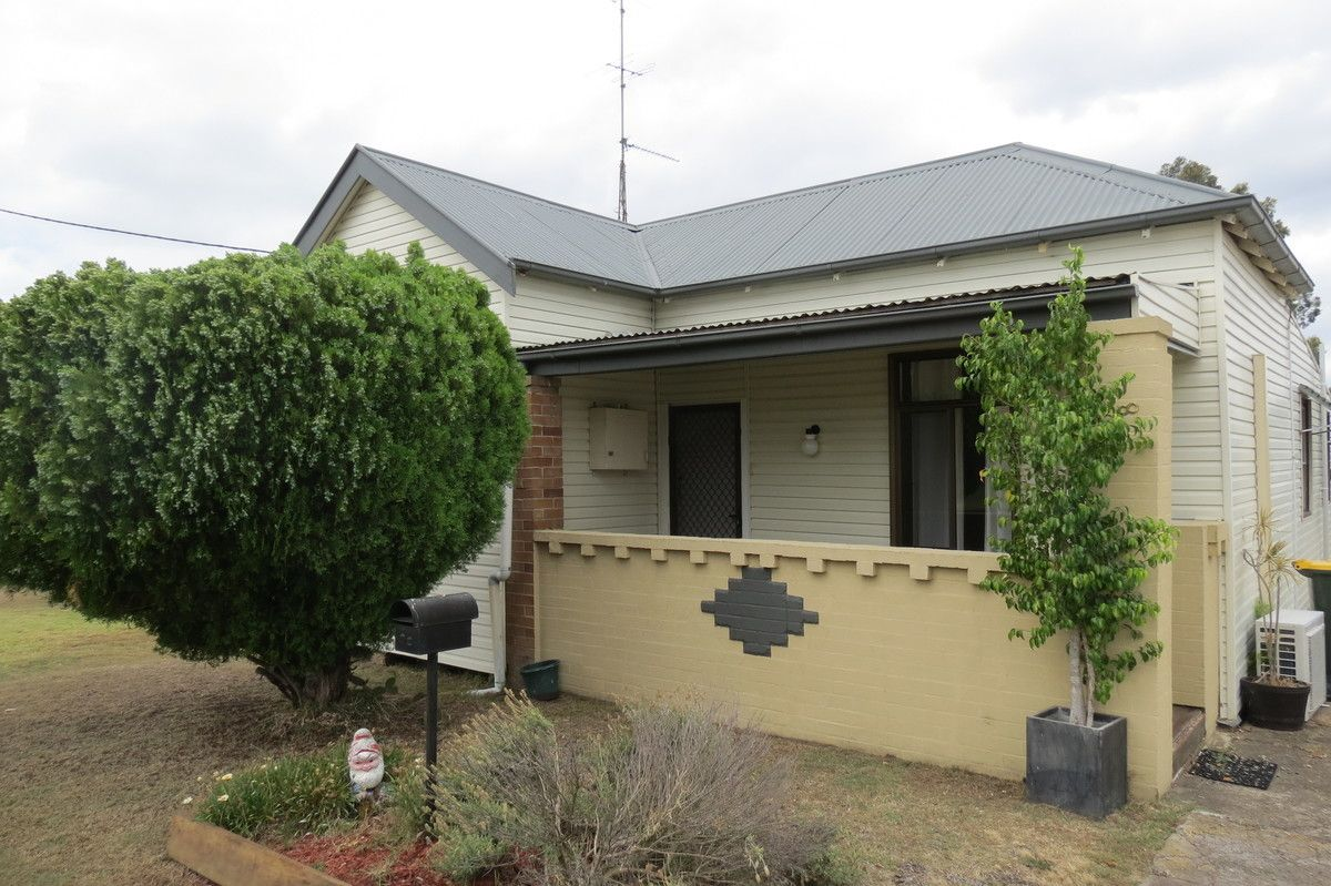 18 Hickey Street, Cessnock NSW 2325, Image 0