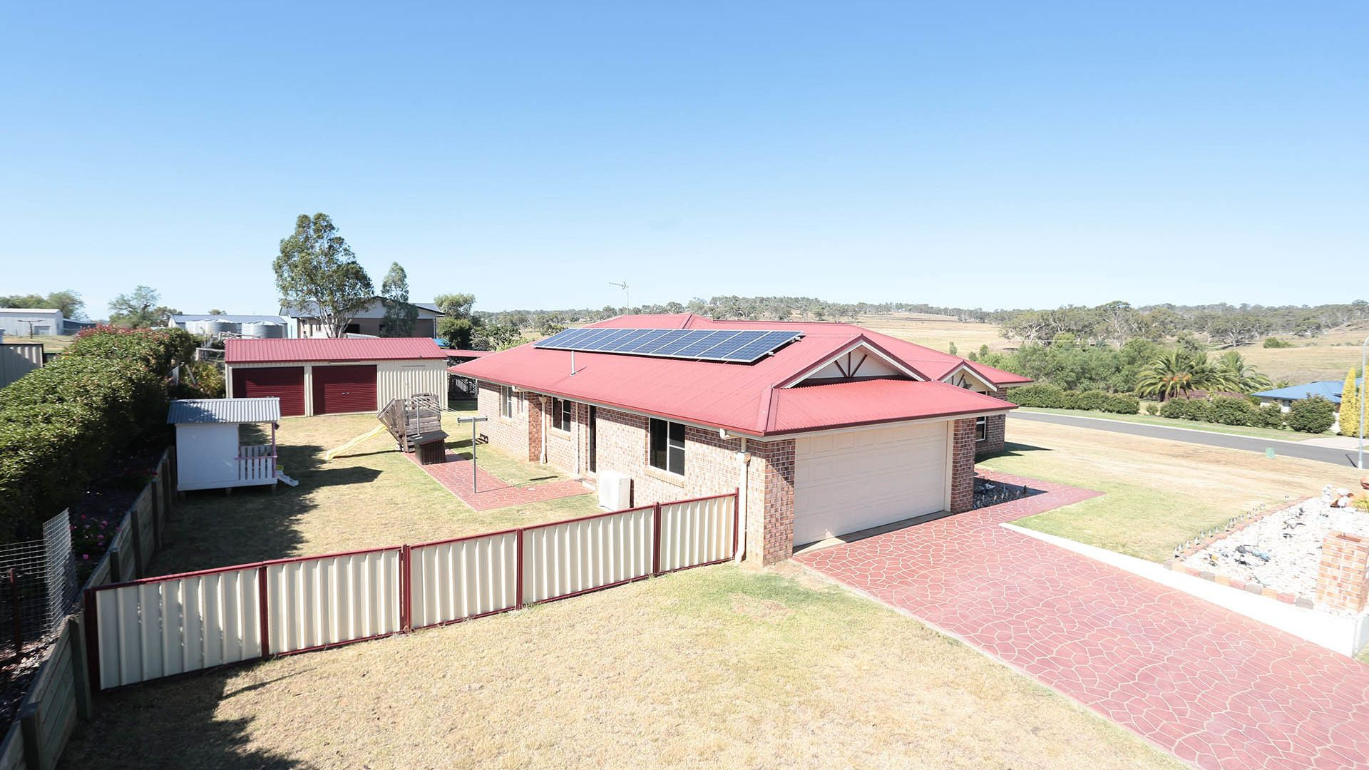 37 Phipps Drive, Meringandan West QLD 4352, Image 1