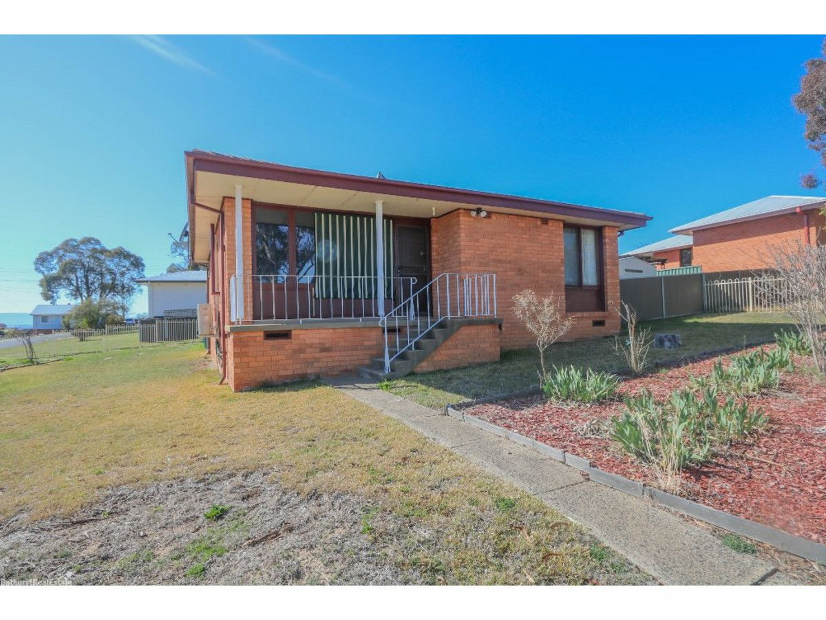 8 Aloota Street, South Bathurst NSW 2795, Image 0