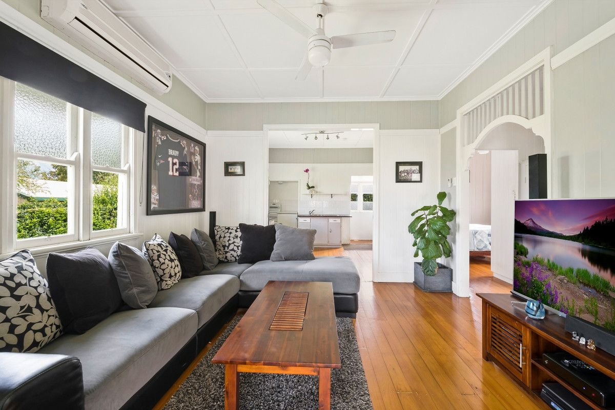 22 Rosewood Street, Toowoomba City QLD 4350, Image 2