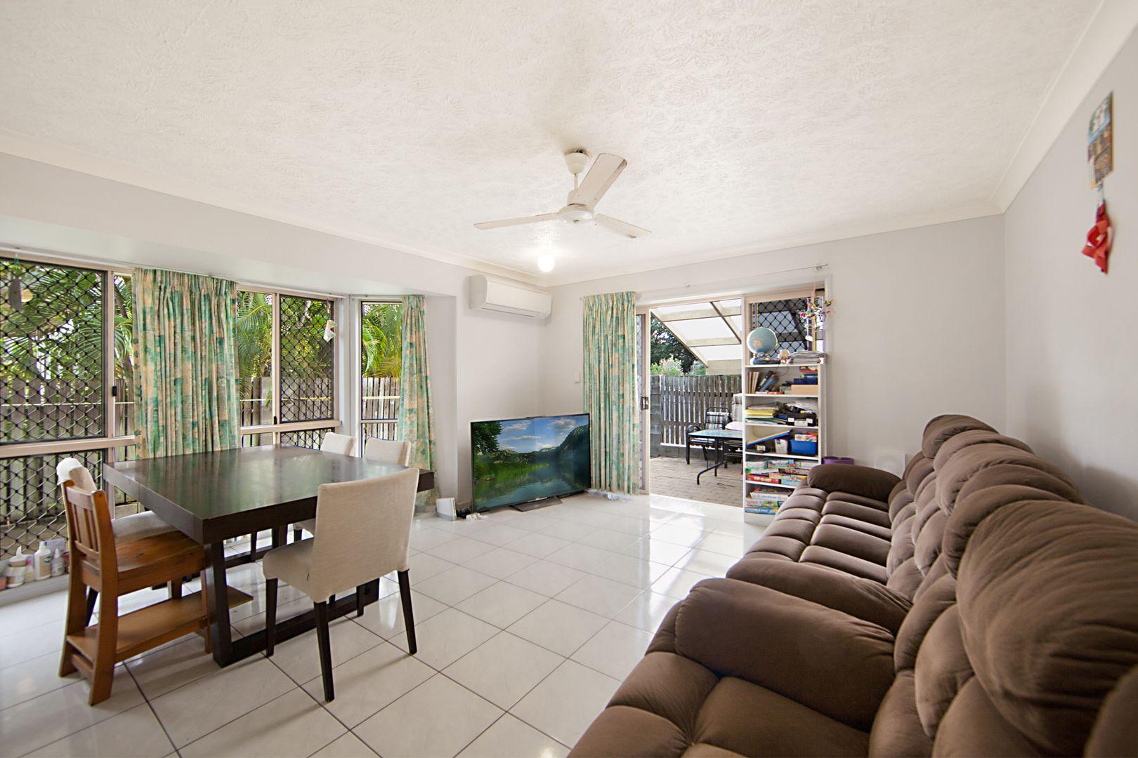 13 Primrose Street, North Ward QLD 4810, Image 2