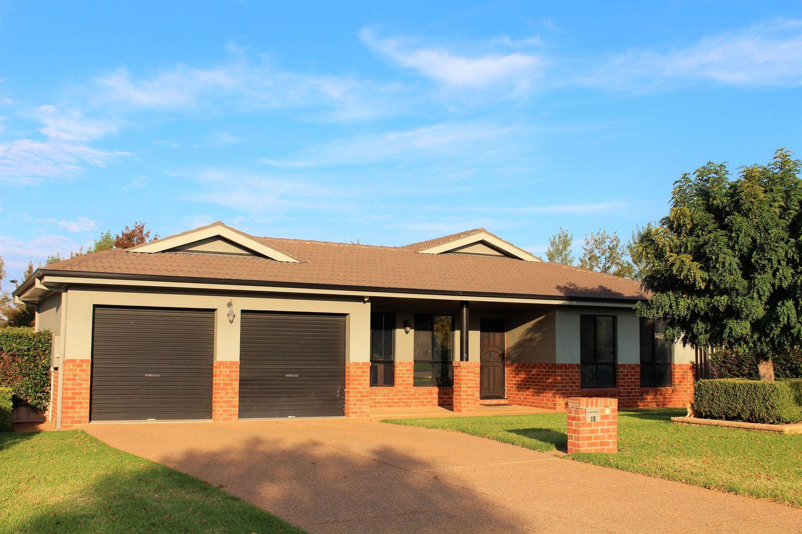 18 Woomera Place, Glenfield Park NSW 2650, Image 0