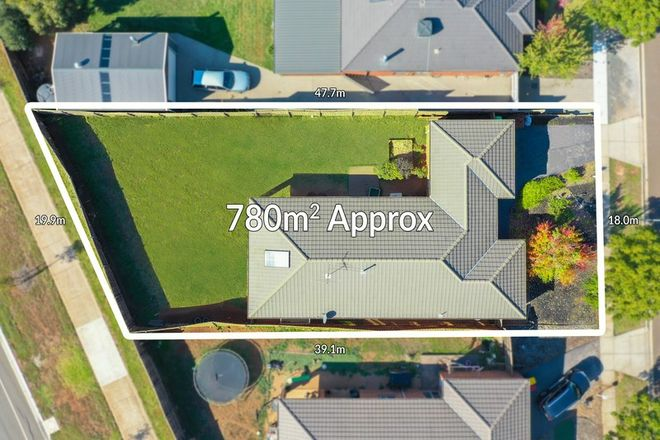 Picture of 10 Harry Vallence Drive, MADDINGLEY VIC 3340