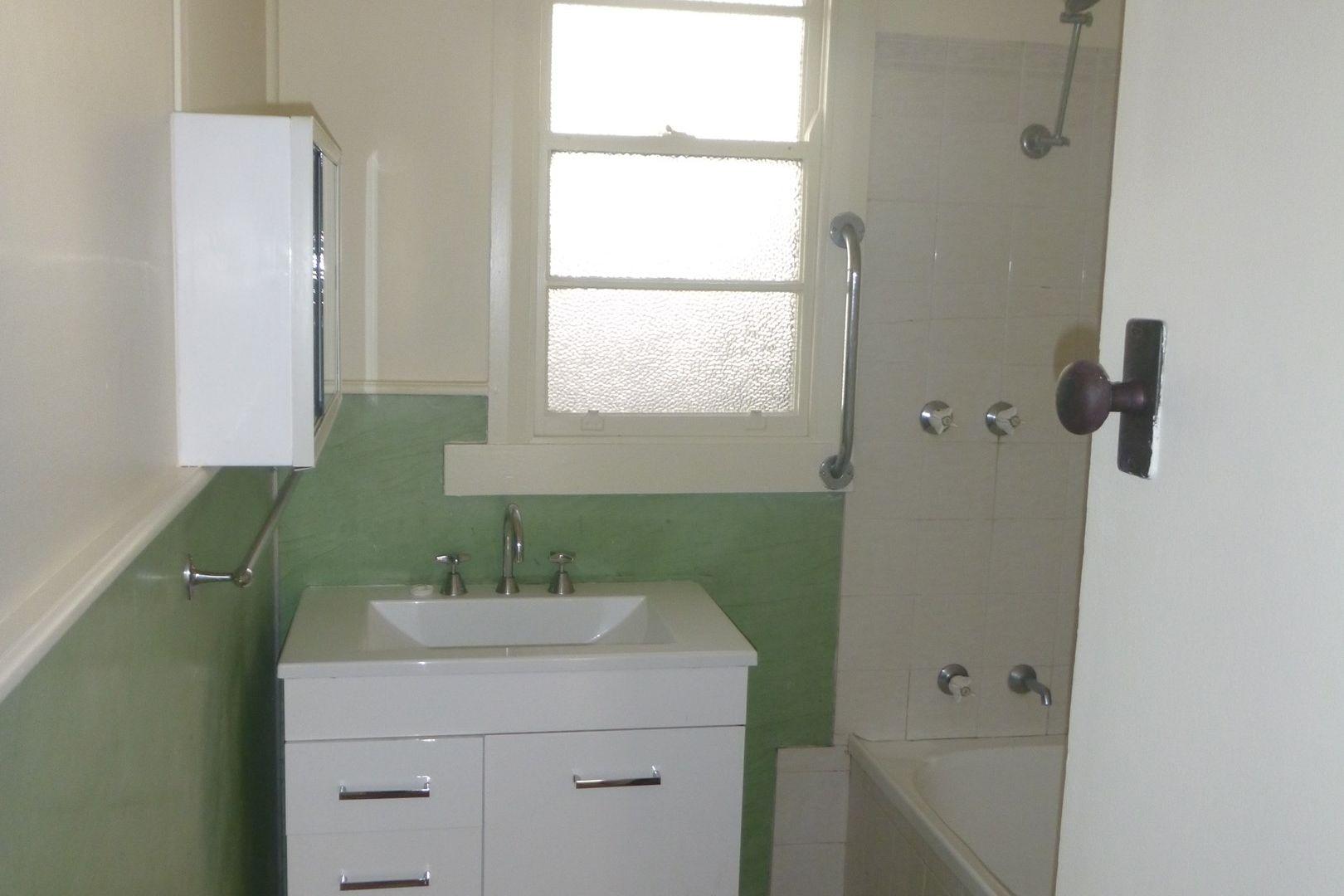 28 Hill Street, Bega NSW 2550, Image 2