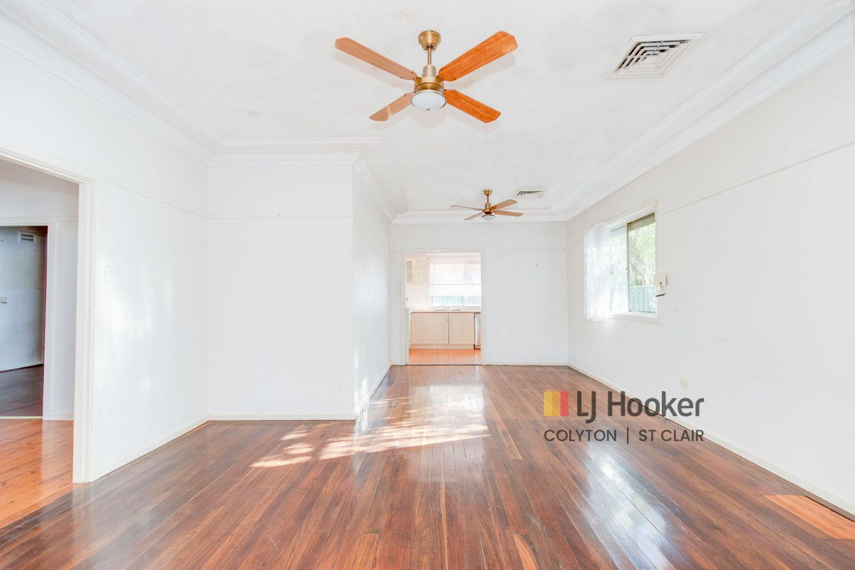 11 Melbourne Street, Oxley Park NSW 2760, Image 0