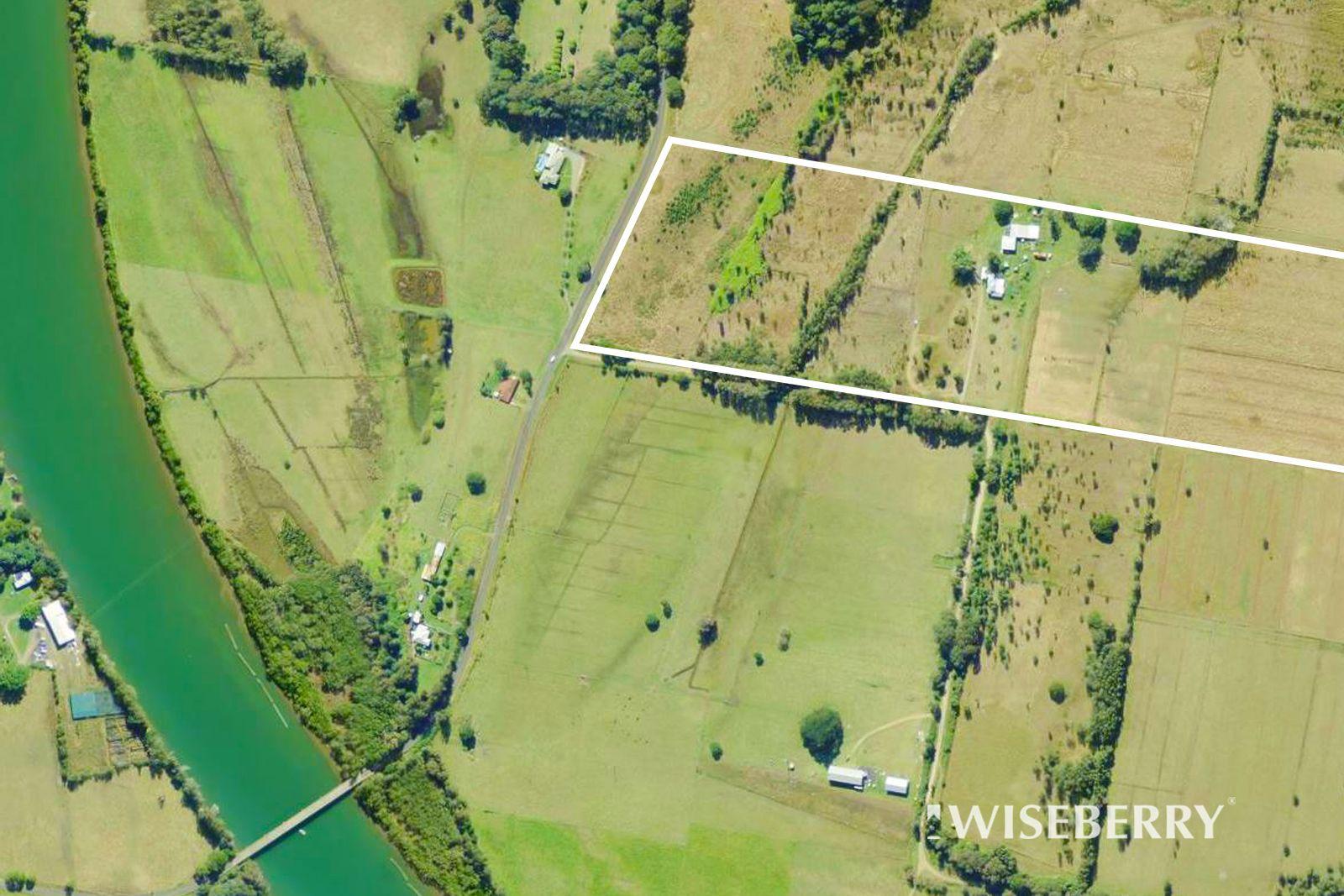 35 Hoggs Lane, Mitchells Island NSW 2430, Image 1