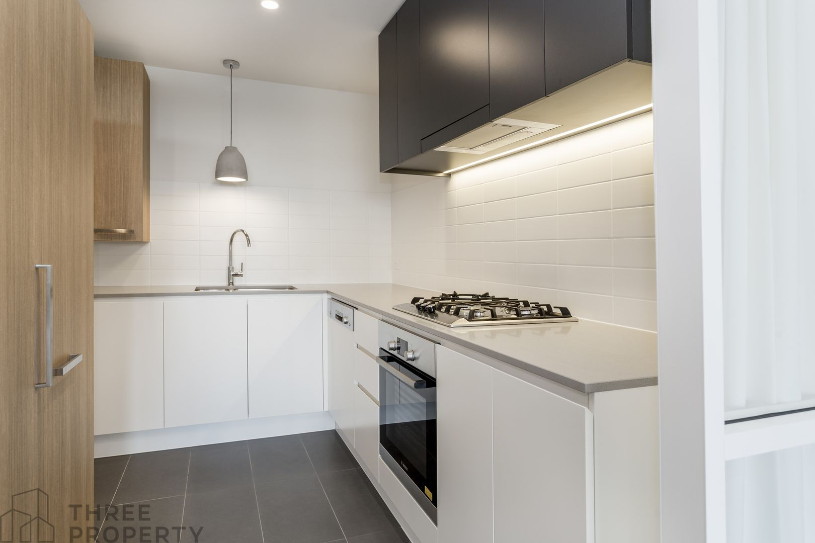 804/26 Levey Street, Wolli Creek NSW 2205, Image 2