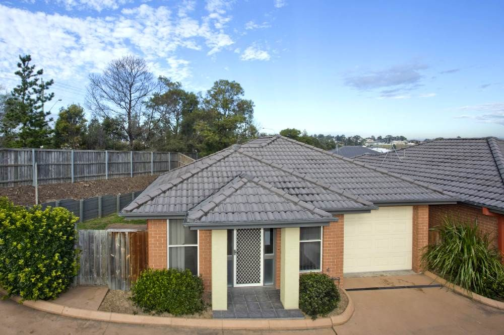 2/8 Port Cove, Gillieston Heights NSW 2321, Image 0