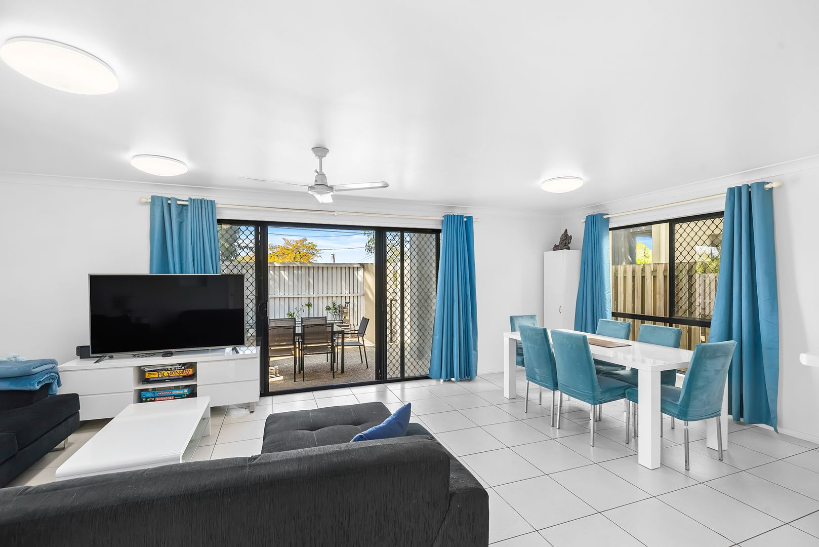 40/300 Cliveden Avenue, Corinda QLD 4075, Image 2