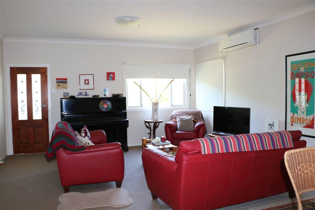 Walcha NSW 2354, Image 2