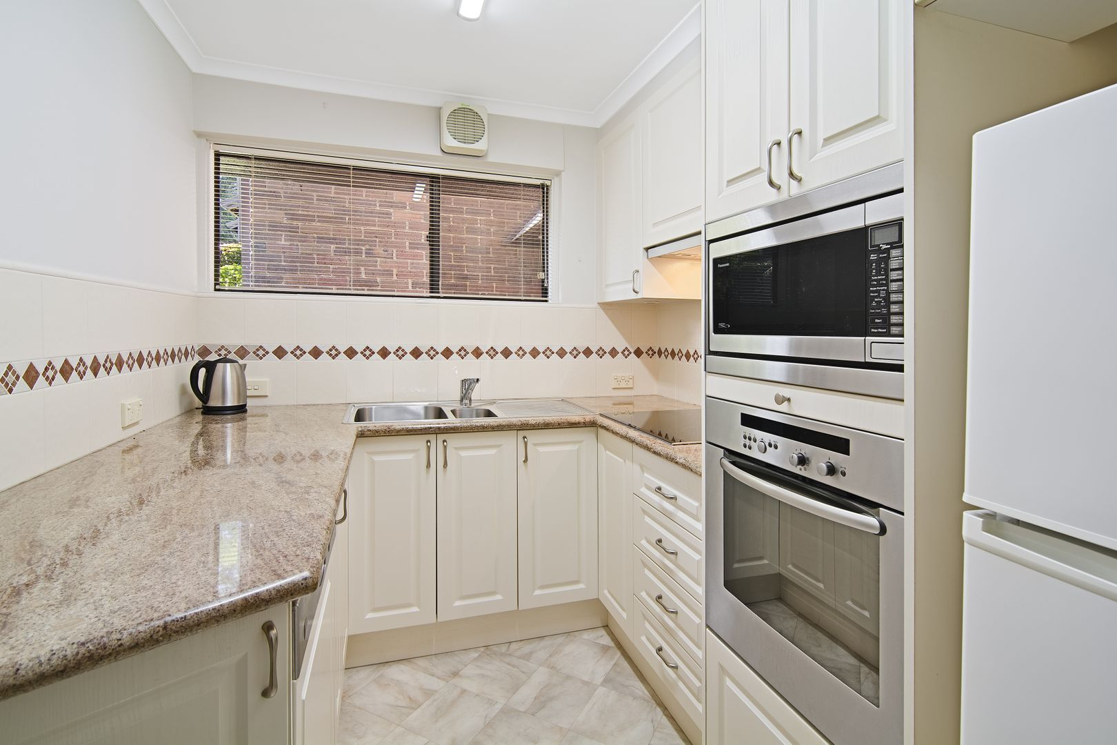 21/6 Waverton Avenue, Waverton NSW 2060, Image 2