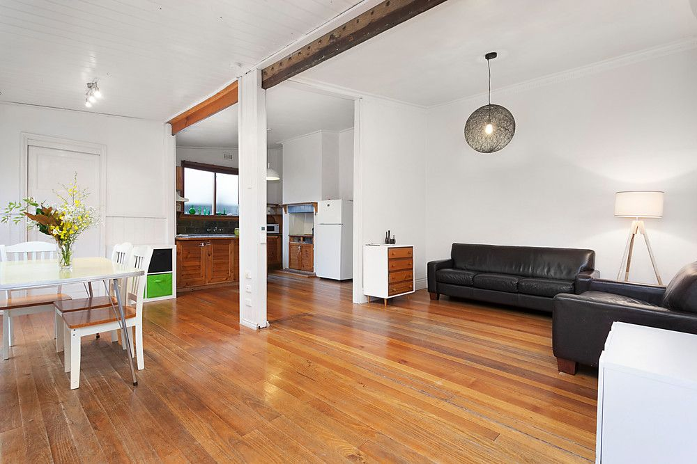 27 Tarrengower Street, YARRAVILLE VIC 3013, Image 2