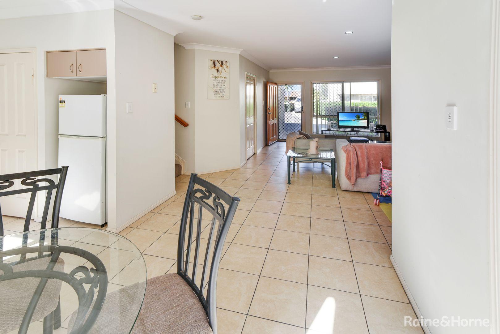 12 11 PYRANEES STREET, Calamvale QLD 4116, Image 1