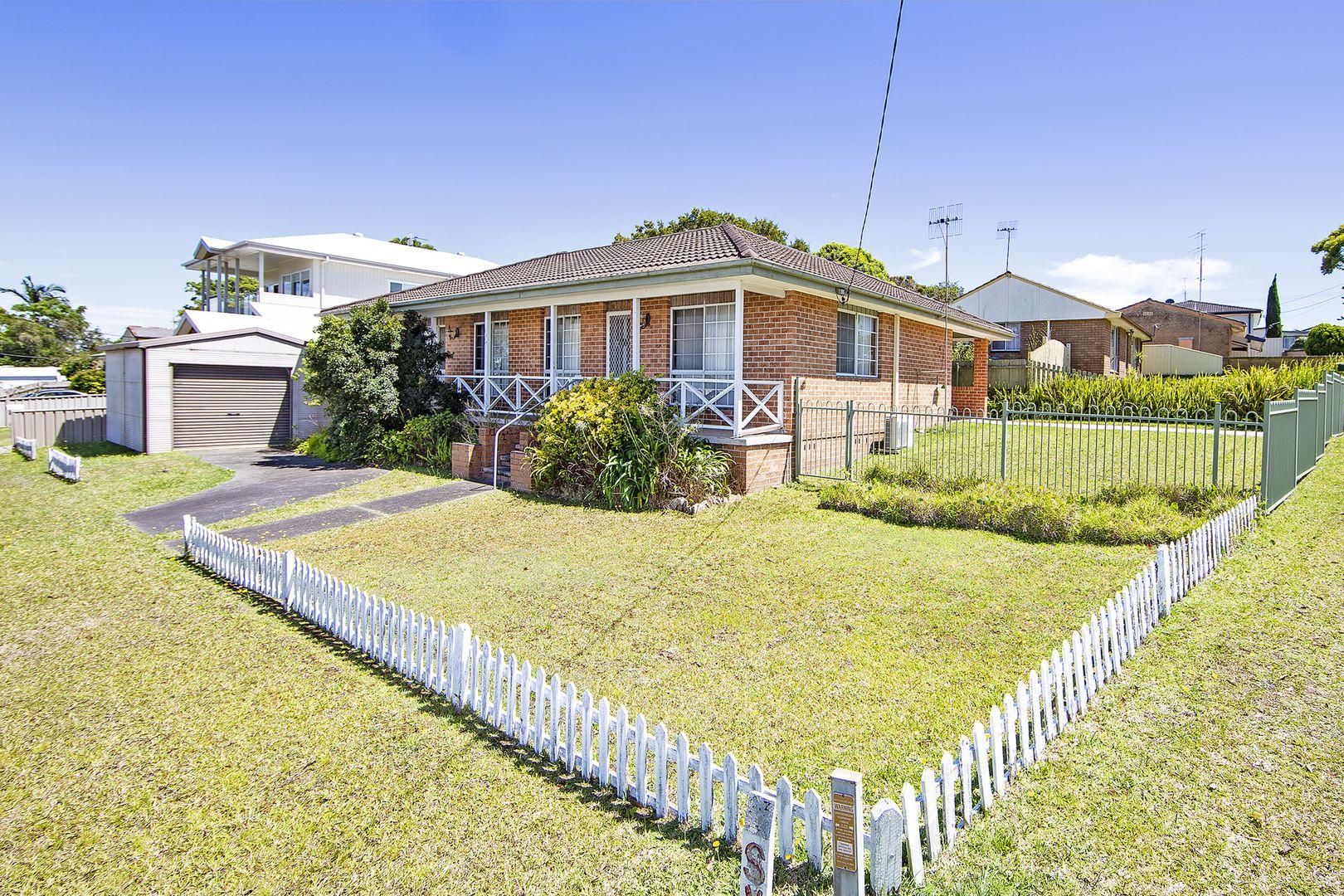 64 Laelana Avenue, Halekulani NSW 2262, Image 0