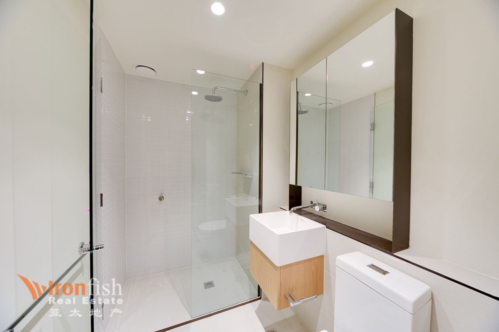1201/4-10 Daly Street, South Yarra VIC 3141, Image 2