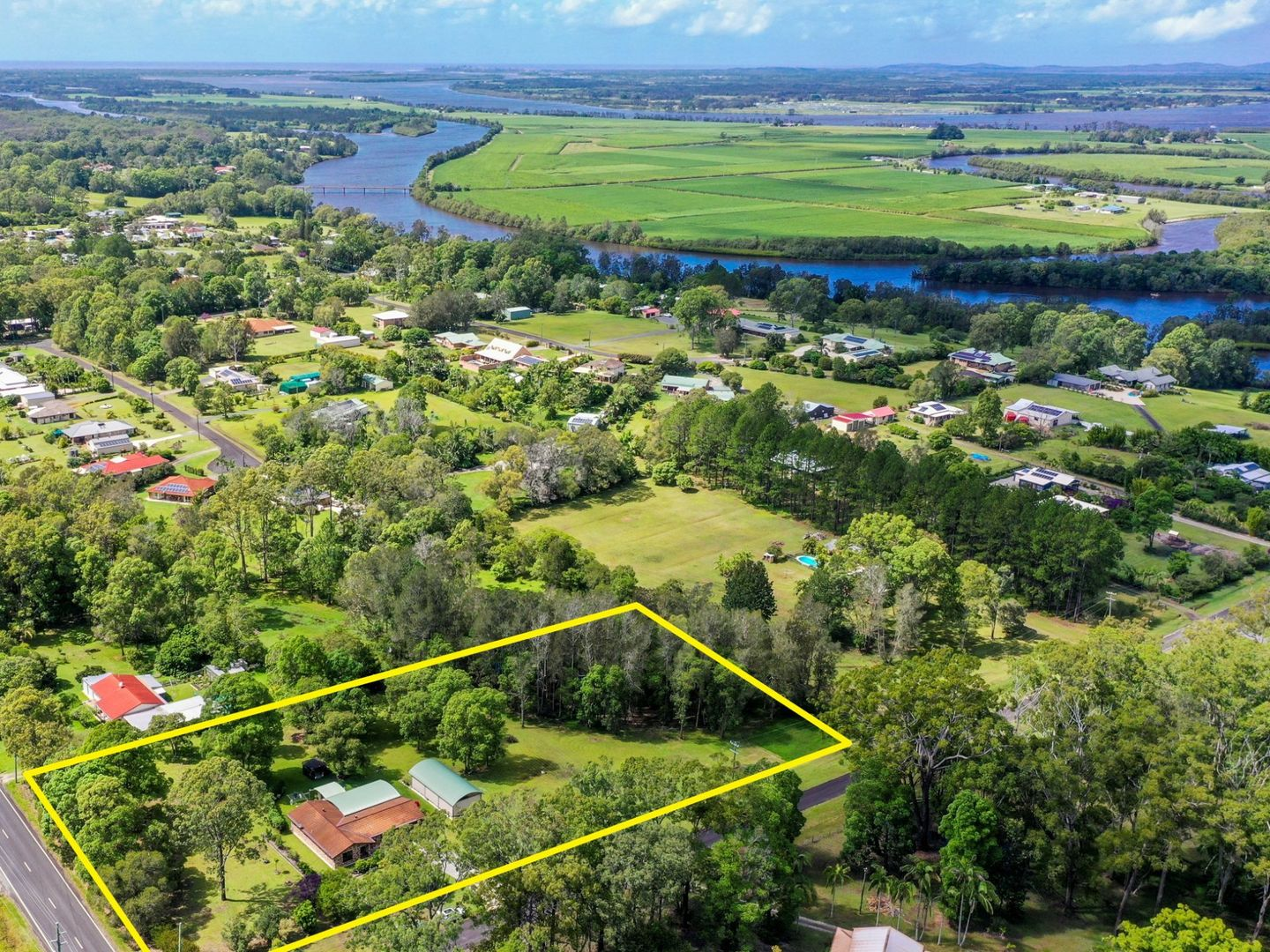 2 Island View Road, Woombah NSW 2469, Image 2