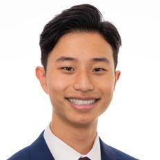 Harvey Huang, Sales representative