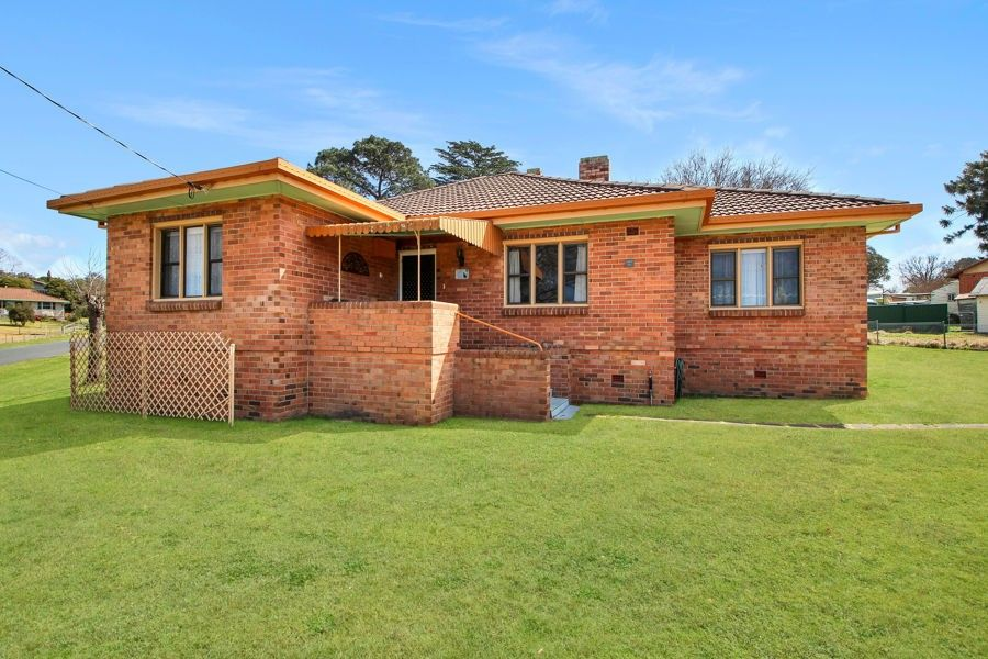 36 George Street, Tenterfield NSW 2372, Image 0