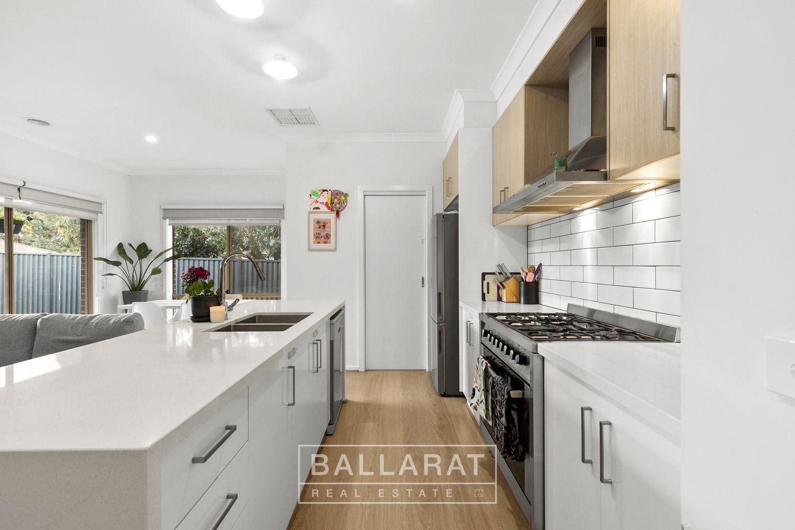 9 Nelmore Court, Ballarat East VIC 3350, Image 1