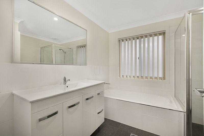 2/11 Clipstone Close, Port Macquarie NSW 2444, Image 2