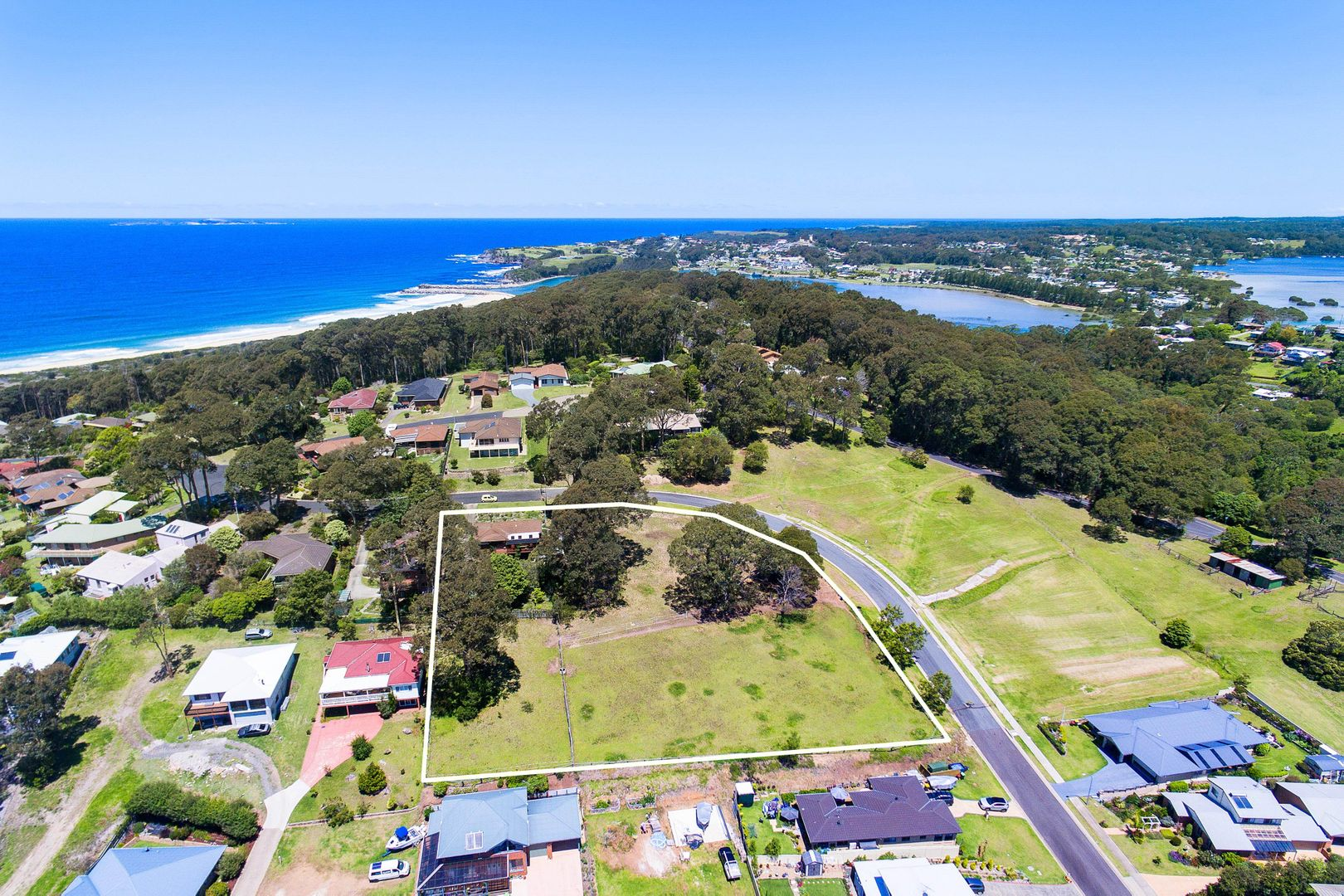 37 Warbler Crescent, North Narooma NSW 2546, Image 0