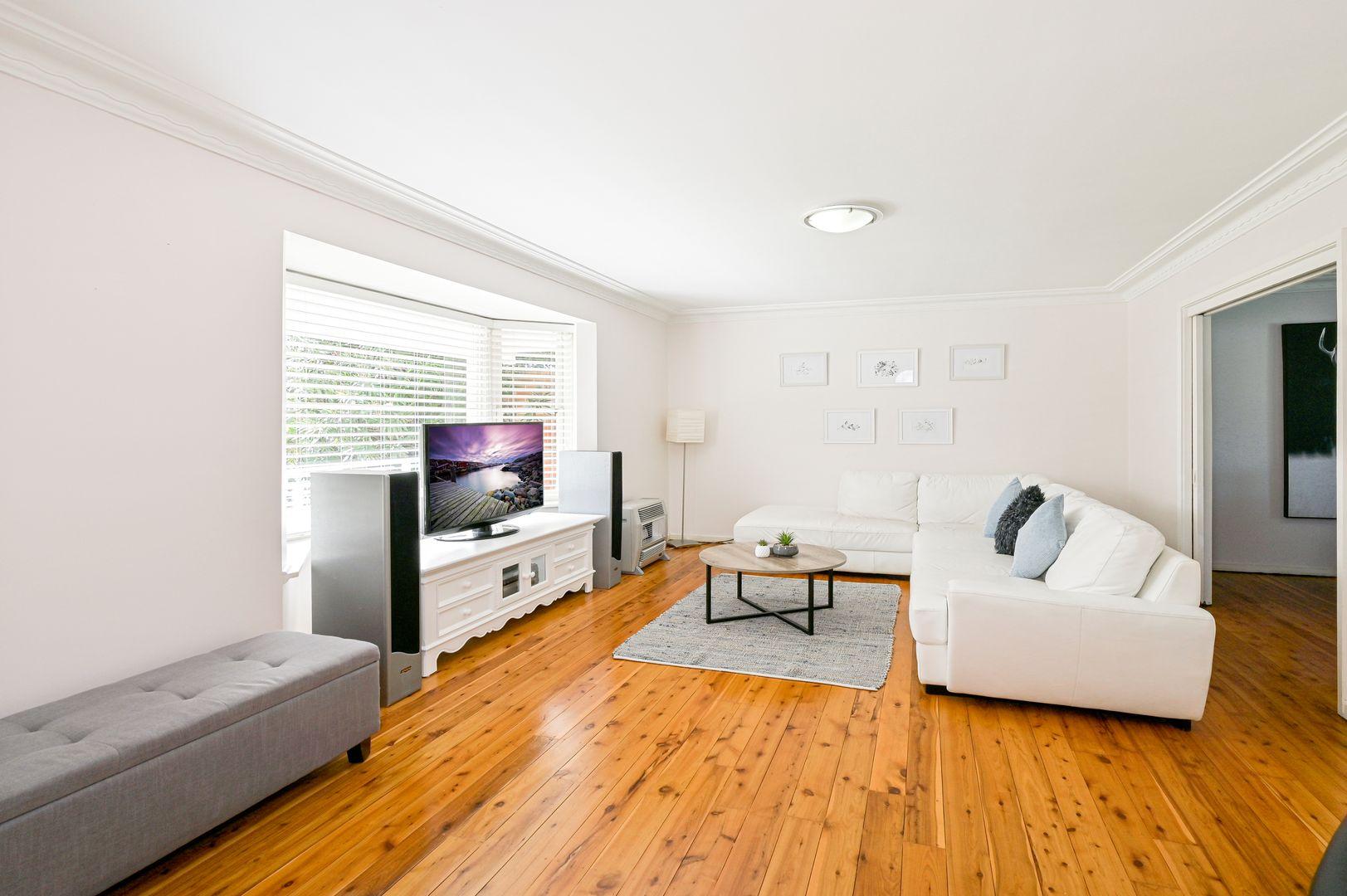 6 Dickson Ave, Mount Warrigal NSW 2528, Image 1
