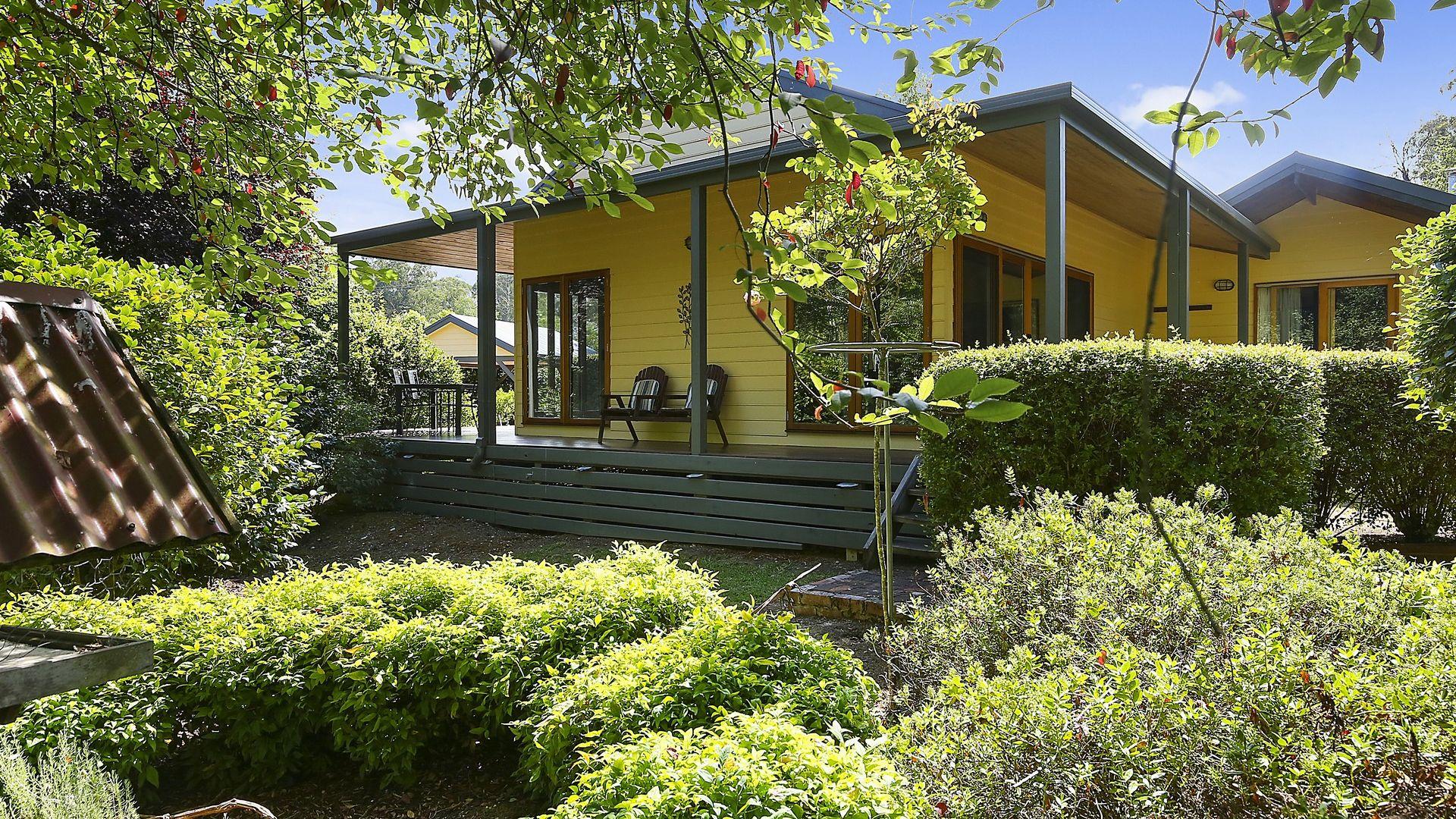 1 Mareeba Avenue, Buxton VIC 3711, Image 1