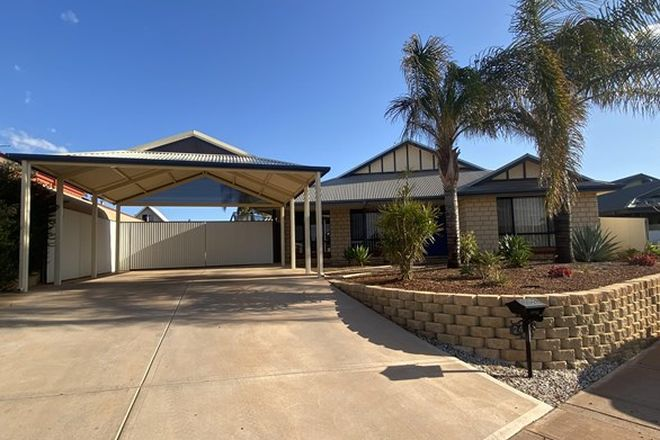Picture of 24 Nganka Way, HANNANS WA 6430
