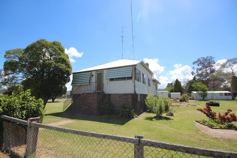 37 Rayleigh Street, Wallangarra QLD 4383, Image 0