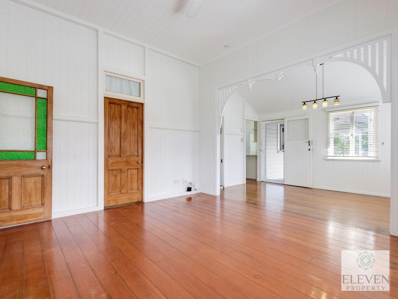 11 Clara Street, Wynnum QLD 4178, Image 1