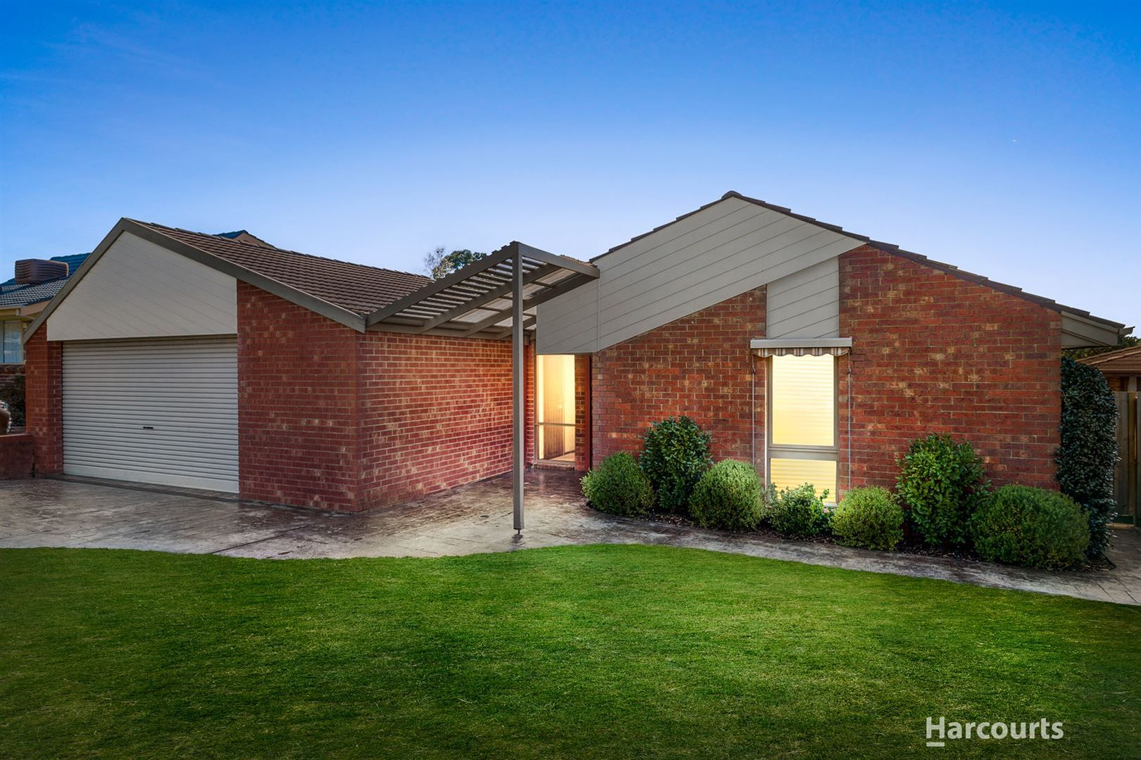 28 Bramley Crescent, Wheelers Hill VIC 3150, Image 0