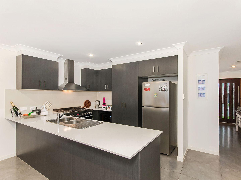 30 Gresswell Crescent, Upper Coomera QLD 4209, Image 2