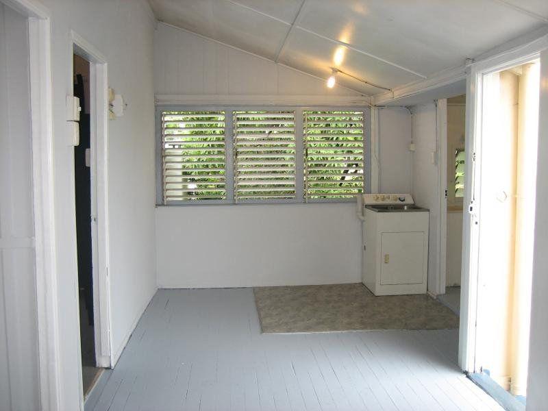 2/1-3 Fletcher Street, Townsville City QLD 4810, Image 2