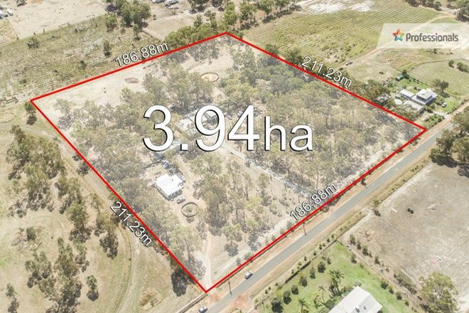 Picture of 27 Wilson Road, MIDDLE SWAN WA 6056