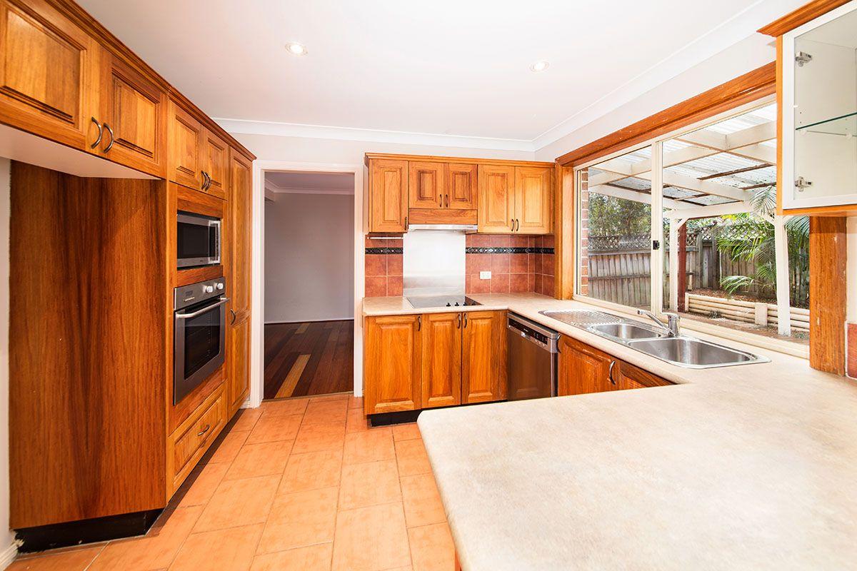 2/14 Hilloak Way, Menai NSW 2234, Image 1