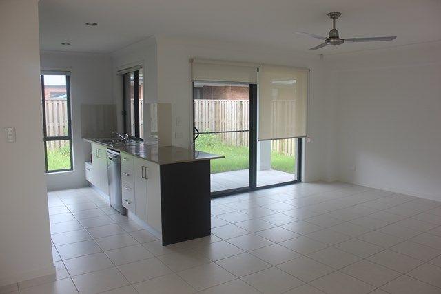 87 Scarborough, Blacks Beach QLD 4740, Image 0