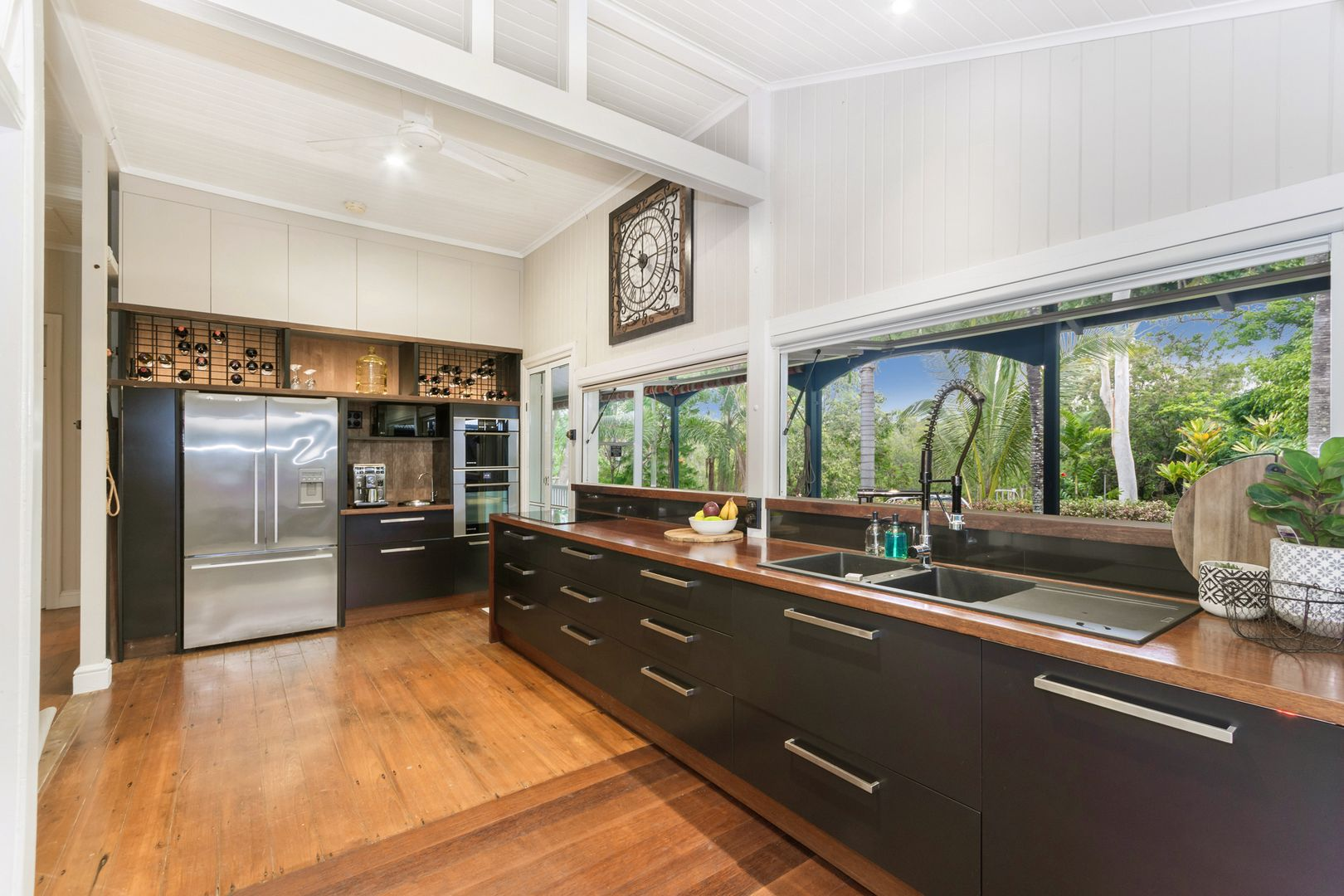 404 Forestry Road, Bluewater Park QLD 4818, Image 2