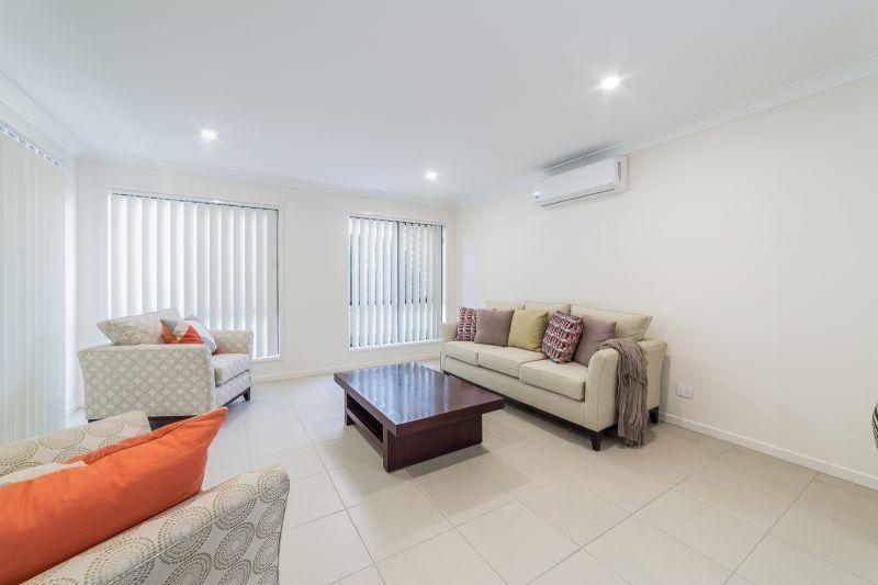 42 Dixon Drive, Pimpama QLD 4209, Image 2