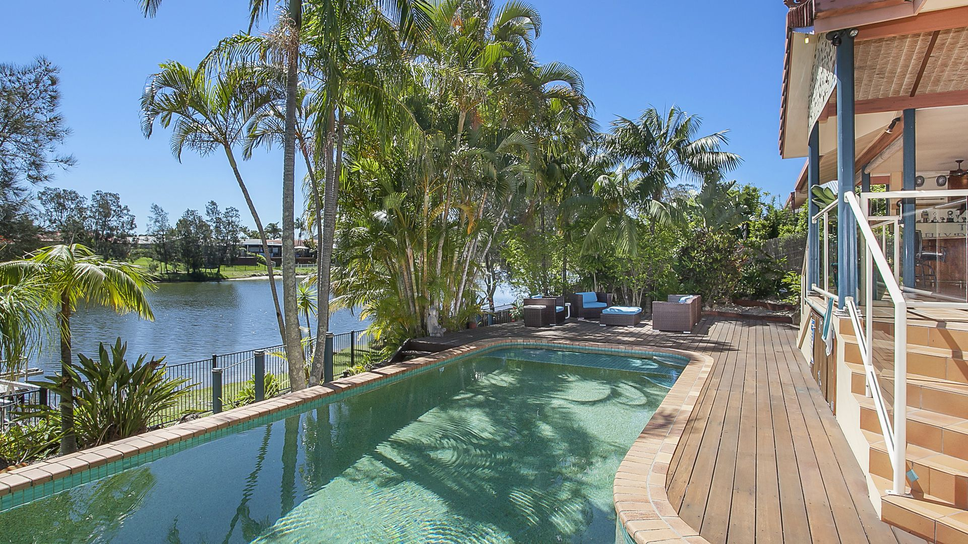 68 Jabiru Avenue, Burleigh Waters QLD 4220, Image 2