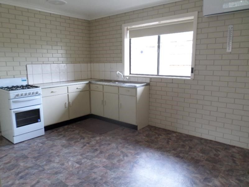 Unit 3/49 The Avenue, Morwell VIC 3840, Image 2