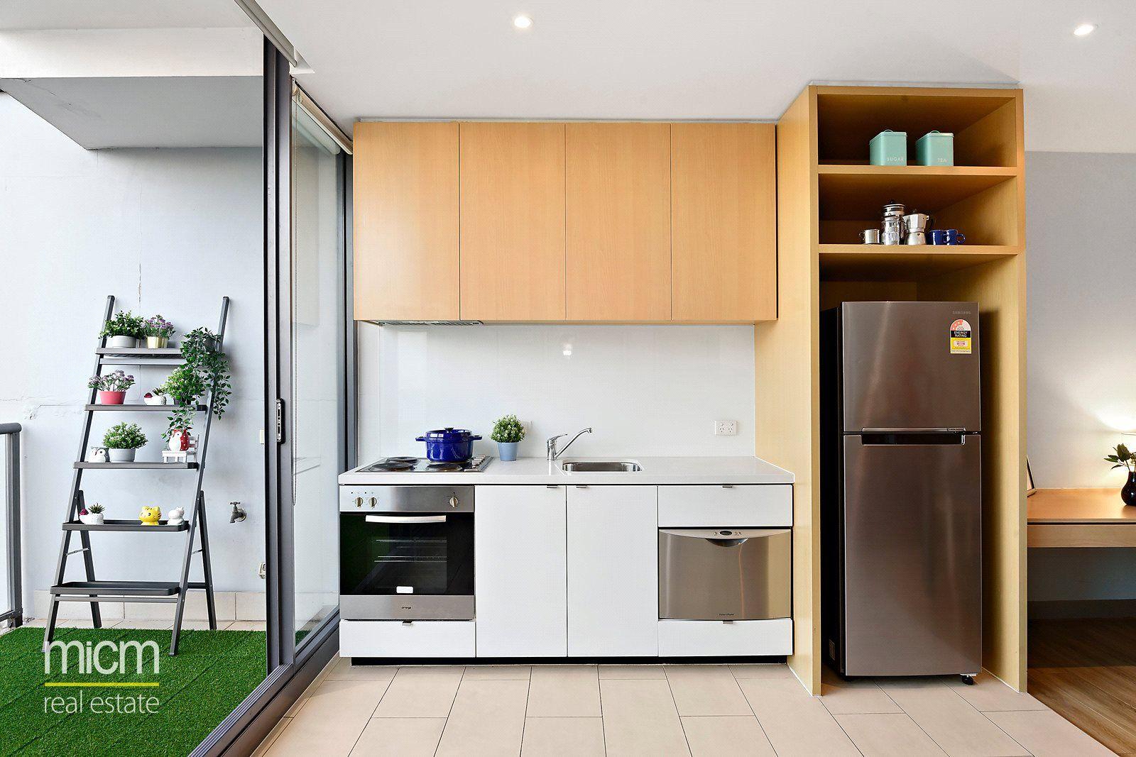 1318/555 Flinders Street, Melbourne VIC 3000, Image 2
